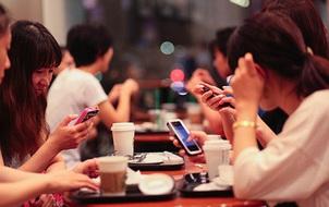 Điều gì xảy ra khi thế hệ trẻ không còn coi Internet và mạng xã hội là một sân chơi nữa