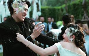 Phim về người vợ lấy chồng gay làm chấn động màn ảnh Thái
