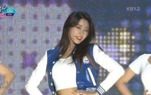 """Cười trên sân khấu đầu tiên sau chia tay, """"nữ thần"""" Seolhyun được netizen cho """"lên thớt"""""""