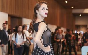 """Xuất hiện sau lùm xùm quanh MV mới, Hương Giang Idol táo bạo khoe ngực """"khủng"""""""