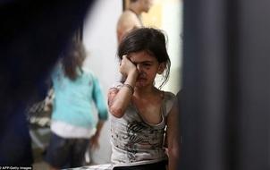 Loạt hình ám ảnh về những đứa trẻ phải sống trong bom đạn chiến tranh ở Syria