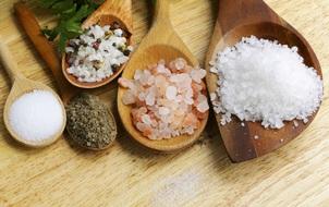 Dành cho tín đồ nấu ăn: Có chắc là bạn đã biết phân biệt các loại muối?