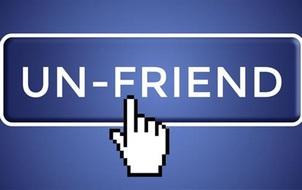 """Thực hư """"giai thoại"""" Facebook hủy kết bạn nếu không bấm Like"""