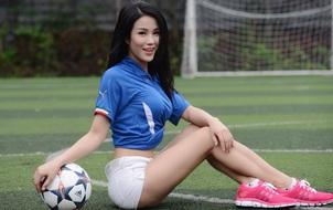 Diệp Lâm Anh chúc mừng chiến thắng của U19 Việt Nam nhưng lại... nhầm giải đấu