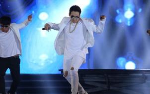Bi Rain bị chê hát live không nghe được gì, dù diễn và nhảy vẫn cuốn hút tại chung kết HHVN 2016