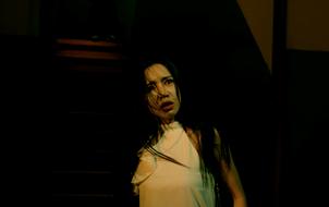"""Elly Trần biểu cảm khiếp đảm trong trailer """"Bí Ẩn Song Sinh"""", kiên quyết nói """"không"""" với cảnh nóng"""