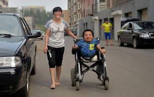 Ngôn tình đời thực của cặp đôi vợ cao, chồng thấp 80cm
