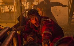 """""""Deepwater Horizon"""": Câu chuyện có thật về những người anh hùng trên giàn khoan"""