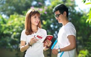 Sự khác nhau giữa sinh viên cũ và sinh viên mới khi trở lại trường