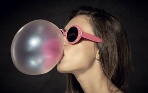 Những phản ứng bạn cần phải biết khi trót nuốt kẹo cao su vào bụng