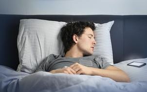 Tắt ngay Wi-Fi trên smartphone khi ngủ nếu không muốn mắc những bệnh nguy hiểm này