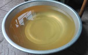 Hà Nội: Sinh viên ĐH Kinh tế Quốc dân kêu trời vì nguồn nước vừa đục vừa bẩn ở ký túc xá