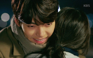 """""""UF"""": Cuối cùng, Suzy đã không thoát khỏi tay Kim Woo Bin!"""