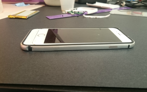 """Ai sắp mua iPhone 7 thì nên """"kết thân"""" với chiếc case xấu xí này đi là vừa"""