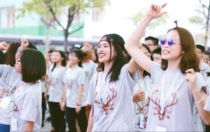 Tân học sinh THPT Chuyên Nguyễn Huệ được truyền cảm hứng trong ngày hội Inspiration 2016