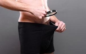 Tại sao da vùng nhạy cảm của nam giới lại đậm màu hơn tất cả các bộ phận khác?
