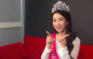 """Clip: Lần đầu hé lộ giọng hát của Hoa hậu Mỹ Linh khi live """"Mình yêu nhau đi"""""""