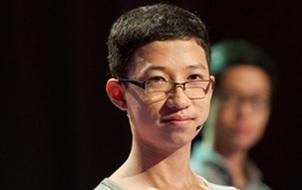 """""""Cậu bé Google"""" Phan Đăng Nhật Minh là cái tên đầu tiên xuất hiện trong trận chung kết Olympia 2017"""