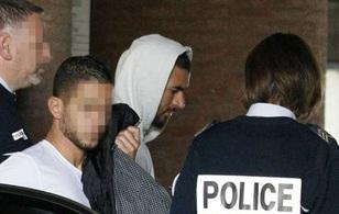 Benzema bị cấm cửa lên tuyển Pháp vô thời hạn vì clip sex tống tiền