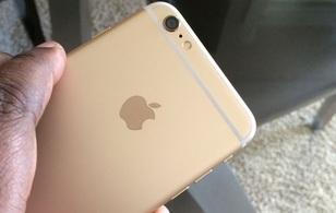 Mải nói chuyện bị cướp mất iPhone 6 Plus