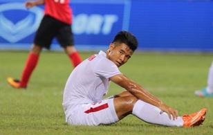 Phúng phí hàng chục cơ hội ăn bàn, U19 Việt Nam hòa thất vọng U19 Singapore