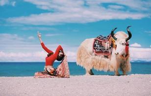 Tập Yoga tại tất cả mọi nơi mình đi qua - cô gái người Việt này đang truyền cảm hứng cho rất nhiều người!