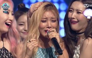 Yubin khóc cười lẫn lộn khi Wonder Girls giành cúp lần đầu sau 4 năm