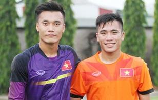Chuyện cảm động về 2 anh em là linh hồn U19 Việt Nam