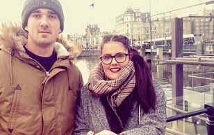Anh: Nữ sinh suýt chết vì bỏ quên băng vệ sinh trong cơ thể suốt 9 ngày