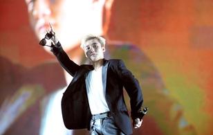 Dàn nghệ sĩ hot nhất Vpop khiến 12.000 khán giả bùng nổ trong sự kiện cuối tuần