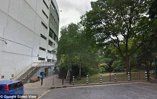 Anh: Cô gái bị nhóm thanh niên cưỡng hiếp giữa ban ngày ở London
