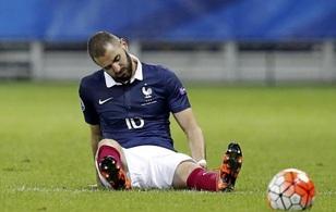 Benzema chính thức bị loại khỏi Euro 2016 vì scandal tống tiền clip sex đồng đội