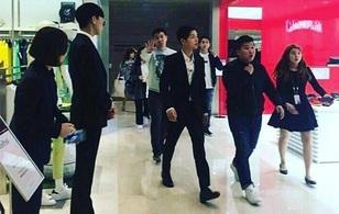 """Song Joong Ki trở thành khách mời đặc biệt của """"Running Man"""" Trung Quốc"""