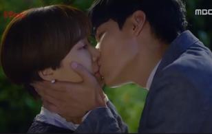 """""""Lucky Romance"""": Cún Ryu Jun Yeol tỏ tình với Hwang Jung Eum bằng nụ hôn ngọt ngào"""