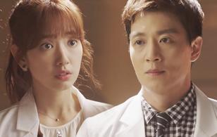 """Doctors"": Scandal của Kim Rae Won, Park Shin Hye có nguy cơ bị ""đào mộ"""