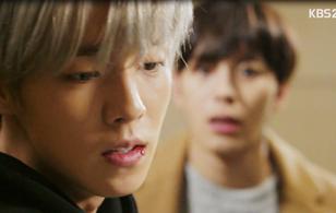"""""""Moorim School"""": Lee Hyun Woo bị """"tẩn"""" đổ máu vì tội cướp người yêu của bạn"""
