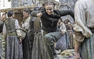 """Tập 8 của """"Game of Thrones"""" mùa 6: Chấm dứt nạn bắt nạt học đường và nỗi nhớ mẹ"""