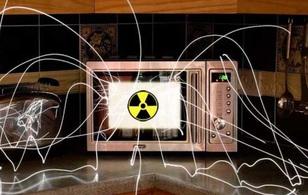 Liệu sử dụng lò vi sóng không đúng cách có gây ung thư?