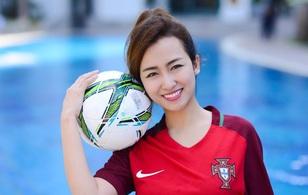 DJ Trang Moon mong Ronaldo 'nổ súng' giải tỏa cơn khát