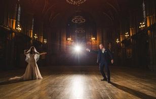 Đám cưới Harry Potter đời thực mang đậm màu sắc ma thuật
