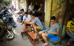 """Internet Việt Nam tiếp tục """"ì ạch"""" nhất khu vực"""