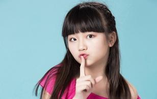 """Mẹ """"Pink Girl"""" Kim Anh: """"Tôi giấu con đọc những comment tiêu cực và quá xót"""""""