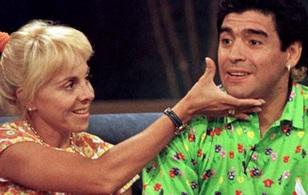 Vợ cũ kiện Maradona vì có con rơi