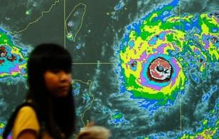 Siêu bãoNepartak đang khiến Đài Loan, Trung Quốc hối hả