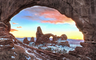 Vẻ đẹp hùng vĩ của thiên nhiên qua khe núi