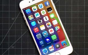 """Trả lời đúng 6/6 câu hỏi này, bạn mới là fan """"cứng"""" của iPhone"""