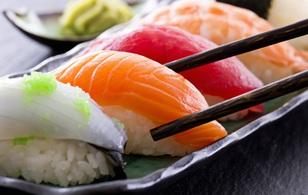 Ăn sushi như nào mới đúng chuẩn của người Nhật - bạn biết không?