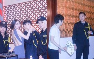 Mã Đức Chung, HKT làm bảo vệ để theo đuổi Khánh My