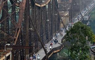 Cầu Long Biên có nguy cơ sập cục bộ