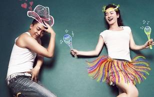 Tân Tiểu Yến Tử - Nhĩ Khang chụp loạt ảnh lãng mạn, hài hước